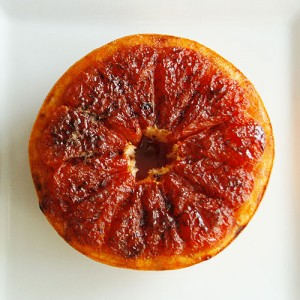 Broiled grapefruit with cinnamon sugar